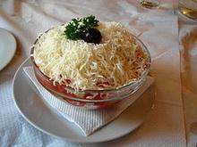 300px-Sopska salata