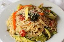Mediteranske špagete sa piletinom