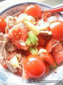 salata od avokada i paradajza