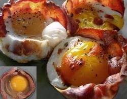 Jaja u korpici od slanine