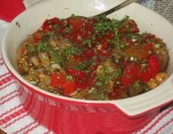 Salata od pecenih paprika i patlidzana