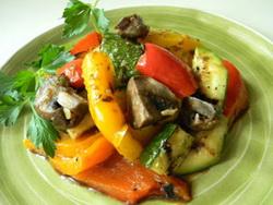 Salata od pecenog povrca