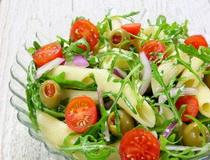 pasta-salata sa cerijem i rukolom